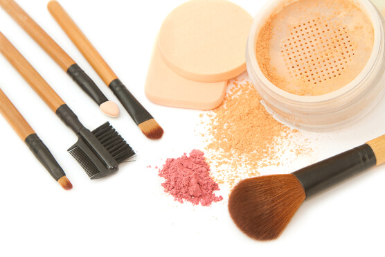 is-mineral-makeup-better-for-your-skin